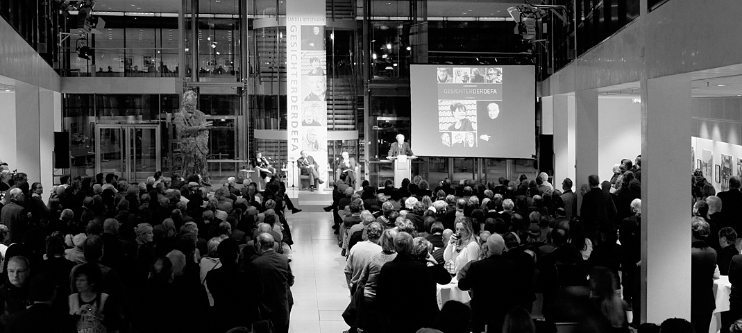 Willy-Brandt-Haus, Berlin, Eröffnung mit Lesung aus GESICHTER DER DEFA, 2009